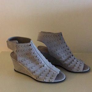 Gray suade VIA SPIGA wedge shoes